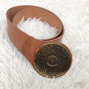 Chicos Genuine Leather Belt With Medallion